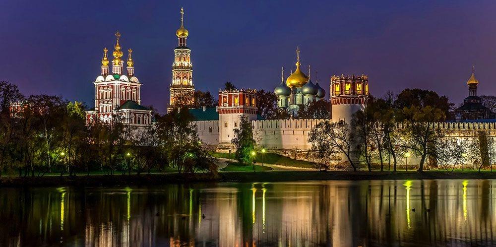 Экскурсия по ночной Москве